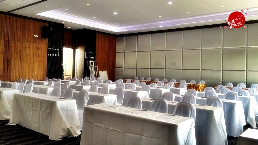 Royal Gems Club & Spa@Salaya Nakhon Pathom Finn Movable wall systems & Operable wall systems1