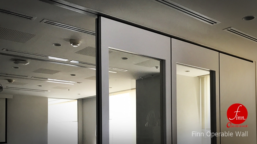 Meeting Room @Bangkok :: Finn Movable wall systems & Operable wall systems