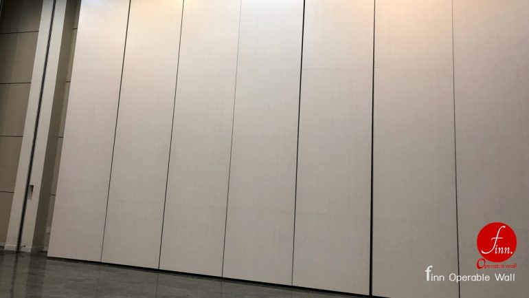 Sagate Hall@Roi-Et, Reference Projects. Convention Hall, Meeting & Training Room :: Finn Operable wall systems.