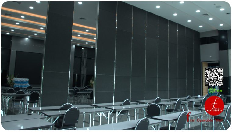 MOVABLE WALL SYSTEM @Siam Smile - BANGKOK # Reference Projects. Meeting & Training Room :: Finn Operable wall systems.